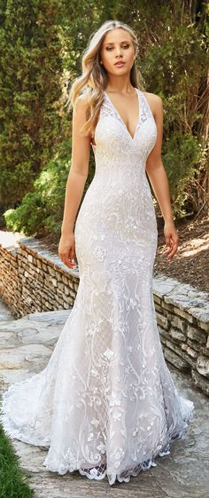 Fabulous Wedding Dresses by Moonlight Collection and Moonlight Couture 2018 - Belle The Magazine Wedding Dress by Moonlight Bridal 2018 Collection Fit And Flare Wedding Dress, Perfect Wedding Dress, Dream Wedding Dresses, Bridal Dresses, Wedding Gowns, Halter Wedding Dresses, Couture Dresses, Long Dresses, Wedding Hair