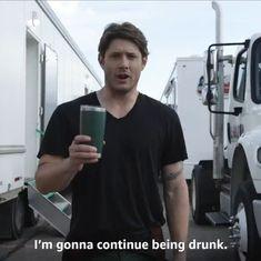 Bts Video, Jensen Ackles, Shit Happens, Twitter, Fictional Characters, Boys, Baby Boys, Fantasy Characters, Senior Boys