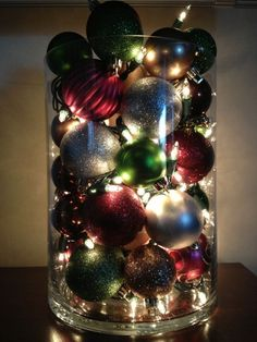 Simple and inexpensive ways to decorate for Christmas. Christmas decorations for the home
