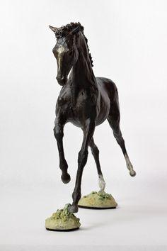 """Lulu"" horse sculpture by Susie Benes on Behance"