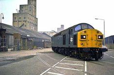 Liverpool Waterfront, Liverpool Docks, Liverpool History, Electric Locomotive, Diesel Locomotive, Steam Locomotive, Old Train Station, Train Stations, Disused Stations