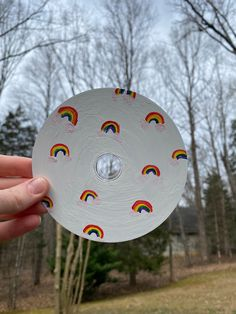 Rainbow Painted CD | Wall Art | Painting Decoration | Painted CD's Decor by ArtByKatherineCo on Etsy Cd Wall Art, Cd Art, Cute Canvas Paintings, Diy Canvas Art, Vinyl Record Art, Vinyl Art, Rainbow Painting, Drawings Of Friends, Les Oeuvres