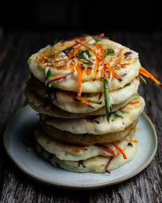 Savory Pancakes - Gluten Free! - The Korean Vegan Savory Pancakes, Gluten Free Pancakes, Kimchi Pancakes, Vegetable Pancakes, South Korean Food, Korean Dishes, Base Foods, Sans Gluten, Plant Based Recipes
