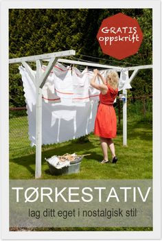 Livs Lyst: jul i stua Outdoor Clothes Lines, Blue Moon Light, Bookshelf Headboard, What A Nice Day, Drying Room, Outdoor Outfit, Outdoor Decor, Vintage Laundry, Backyard Projects