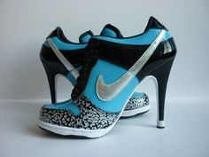 nike heel tennis shoes