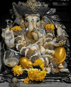 .Lord Ganesha - The Benevolent God Gauri Putra, Vighnaharta Vinayaka