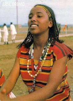 Her name is Denebe Edao, originally from Arsi, Kofale. She was a member of Arsi Kifle Hager Bahel Kinet (Arsi Cultural Orchestra) during the Derg regime. Picture taken by the Ethiopian Tourism Commission Photographer in 1979 E.C. In Ardayita Hasasa, Oromia region. Currently she lives in Arsi Dheeraa 25KM of Adama town. #oromo #Arsi #oromia Oromo People, Ethiopian People, African American Artwork, Cultural Dance, Horn Of Africa, Traditional Dresses, First World, Old And New, Etiopia