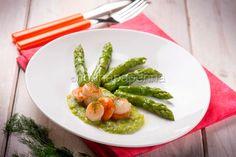 Capesante con gli asparagi: un piatto di mare | Nonnapaperina Saint Jacques, Fish, Vegetables, Recipes, Fishing, Pisces, Recipies, Vegetable Recipes, Ripped Recipes