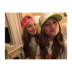 "Mackenzie on Instagram: ""Neon and curls #polo"" Pinned from ♡DM Fandom♡"