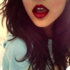 dark hair and red lips. this will def. be me in a few years ♥