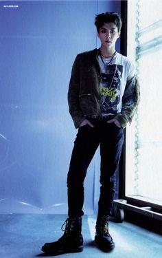 Sehun AU where he is a model. I just need him to be a model bye Baekhyun, Hunhan, Exo Ot12, Kris Wu, Rapper, Photo Scan, Kim Minseok, Exo Members, Baby Chicks