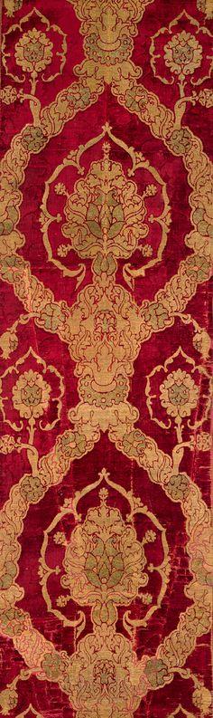 Length of brocaded velvet, late 15th century  Italian (Venice)  Silk velvet brocaded with metal-wrapped thread