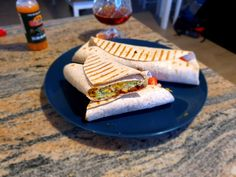 Recipe to cook Spicy Chicken Tortilla composed of spicy chicken and bell pepper mix, cherry tomato and red onion salsa, a simple guacamole and some cheese. My Recipes, Chicken Recipes, Cooking Recipes, Tortilla Recipes, Fresh Coriander, Peppers And Onions, Refried Beans, How To Cook Chicken