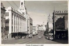 Old Postcard, Wellesley Street, Auckland, New Zealand. Visit http://oldstratforduponavon.com/newzealandhome.html to see our collection of old postcards of New Zealand.