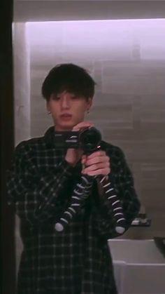 Bts Aegyo, Jungkook Selca, Jungkook Cute, Bts Taehyung, Bts Bangtan Boy, Bts Boys, Applis Photo, Bts Photo, Foto Jungkook