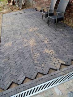 Modern Driveway, Driveway Design, Brick Paver Patio, Brick Patios, Backyard Patio Designs, Backyard Landscaping, Boxwood Garden, Garden Tiles, Dream Garden