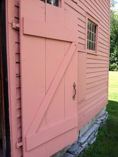 Pink barn! MY DREAM...with Mini cows and horses and Giant Lopped eared bunnies and Unicorns!