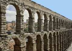 Historia del acueducto de Segovia.