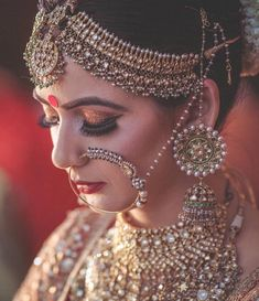bridal jewelry for the radiant bride Indian Wedding Makeup, Indian Bridal Fashion, Indian Wedding Jewelry, Indian Bridal Wear, Bridal Jewelry, Bride Indian, Indian Jewelry, Indian Wear, Indian Weddings