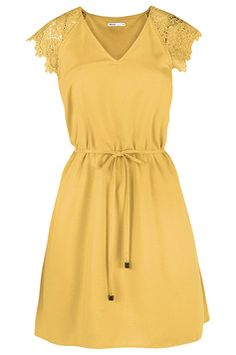 e06636ccab3 Os vestidos garantem looks charmosos e delicados