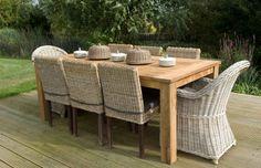 Table rectangulaire en vieux teck massif, idéale pour rester au ...