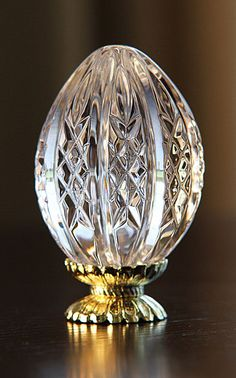 Waterford Egg, First in Series - ep Crystal Egg, Crystal Vase, Waterford Crystal, Waterford Decanter, Swarovski Crystal Figurines, Swarovski Crystals, Cut Glass, Glass Art, Great Works Of Art