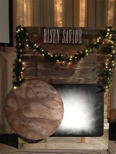 4 Panels of Jesus - Church Stage Design Ideas - Scenic sets and stage design ideas from churches around the globe. Church Christmas Decorations, Christmas Backdrops, Altar Decorations, Centerpieces, Easter Backdrops, Altar Design, Church Stage Design, Church Banners, Easter Celebration