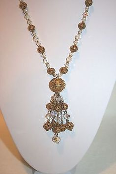 VTG LONG STRAND CRYSTAL BEADED NECKLACE W/ ANTIQUE GOLD TONE FILIGREE SPHERES