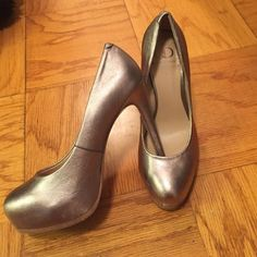 Silver/Champagne Metallic platform pumps So comfortable and hott!! Kelsi Dagger Shoes Heels