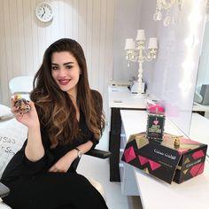 Arab Women, Arab Girls, Beautiful Bollywood Actress, Beautiful Actresses, Muslim Beauty, Arabian Beauty, Cute Girl Photo, Stylish Girl, Indian Beauty