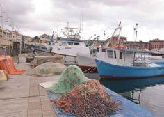 Pescatori sotto assedio in Darsena #Genova