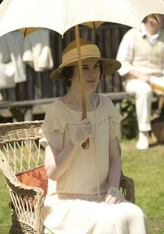 Downton Abbey's Roaring Twenties Fashion for Season 3