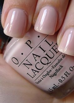 I love this simple manicure! Definitely going with a natural manicure with a light pink or nude color, no ugly french or design, same on my toes too! 10 Wedding Manicures and Which Nail Polishes To Use Blush Nails, Great Nails, Cute Nails, Trendy Nails, Simple Nails, Natural Manicure, Nagellack Design, Wedding Manicure, Polish Wedding