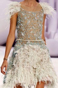 fashionista-avenue: Chanel S/S 2012 Haute Couture Chanel Couture, Chanel Runway, Chanel Fashion, Couture Fashion, Runway Fashion, Fashion Models, Couture Details, Fashion Details, Fashion Design