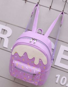 Image in So cute💦 collection by temari on We Heart It Cute Mini Backpacks, Stylish Backpacks, Girl Backpacks, Kawaii Bags, Kawaii Clothes, My Bags, Purses And Bags, Fashion Bags, Fashion Backpack