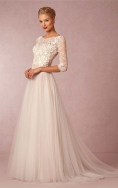 Classy A Line Scoop Neck Half Sleeves Tulle Lace Applique Long Wedding Dress