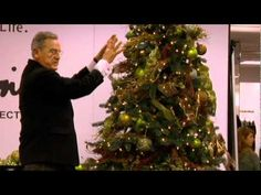 How to Decorate an elaborate Christmas--this is the guy who decorates the White House christmas trees