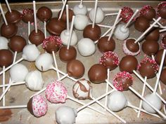My first attempt at making cake pops during the Oklahoma Blizzard of 2011