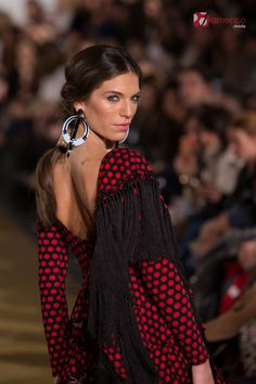 Jose Hidalgo We Love Flamenco Flamenco Costume, Flamenco Dresses, Mode Simple, Our Love, Leotards, Costumes, Woman Fashion, Dancers, Spanish