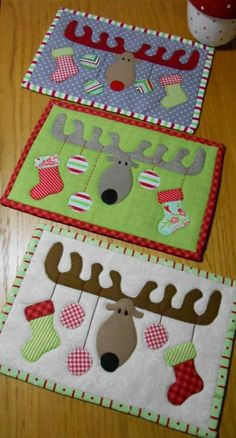 (7) Name: 'Quilting : Christmas Antlers Mug Rug