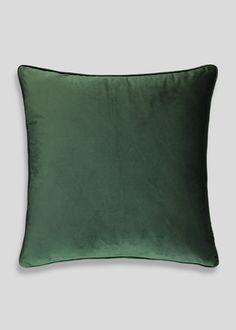 Large Matte Velvet Cushion (58cm x 58cm) – Green – Matalan