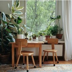 Workspace Inspo and Image Regram thanks to Janneke @still_______ based in the Netherlands. We adore this beautiful workspace by photographer Janneke @still_______  Being surrounded by plants and a stunning view is pretty close to heavenly in our books. Thanks Janneke we adore your workspace style! by theworkspacestylist