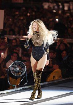 Beyoncé Formation World Tour 2016 Beyonce Et Jay Z, Estilo Beyonce, Beyonce Show, Beyonce Fans, Beyonce Knowles Carter, Beyonce Style, Destiny's Child, Beyonce Performance, Blue Ivy