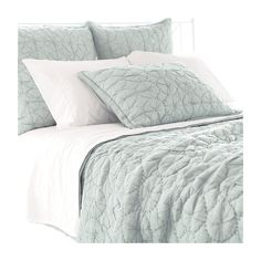 Buy your Marina Sky Quilt by Pine Cone Hill here. Add layers and depth to any bedding collection with the Marina Sky Quilt from Pine Cone Hill. Beach Bedding Sets, Aqua Bedding, Coastal Bedding, Coastal Bedrooms, Comforter Sets, Luxury Bedding, Modern Bedding, Coastal Living, Bedrooms