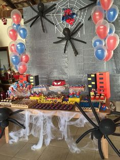 ideas for birthday party decoracion ideas for men decor Spiderman Theme Party, Superhero Birthday Party, 4th Birthday Parties, Man Birthday, Manly Party Decorations, Easy Halloween Decorations, Fête Spider Man, Spider Man Party, Cookies Et Biscuits