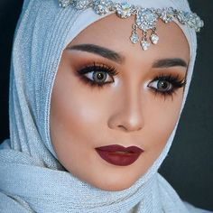 loking for nice arbian eyes makeup with hjab (2)
