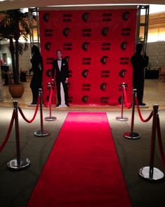 Red Carpet Entrance Rep Draping Red Rose Columns