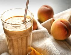Aprenda a fazer vitamina de pêssego e dê adeus à ansiedade Receitas Light