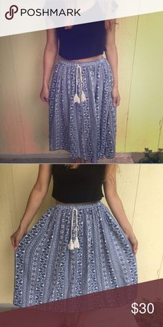 Boho Maxi or Midi Skirt Gorgeous printed skirt. Navy and white. Rayon. Elastic waist with faux tie. Wear high waist or low at the waist! :) Length: 25.5' Waist:26-32'. Skirts