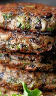 I would swap out the Worcesterchire Sauce for a Vegan one but I want to try these Chunky Portobello Veggie Burgers. Not truly nutritarian I just discovered (eggs/cheese) but could be modified to be. Whole Food Recipes, Cooking Recipes, Healthy Recipes, Epicurious Recipes, Best Vegan Recipes, Healthy Dishes, Cooking Tips, Veggie Dishes, Veggie Food